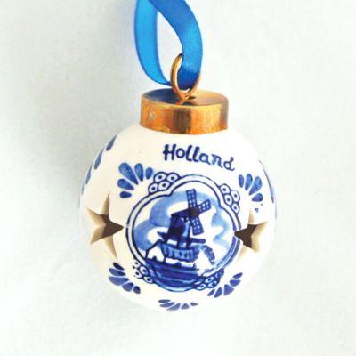 Kerstbal Delfstblauw met open sterretjes