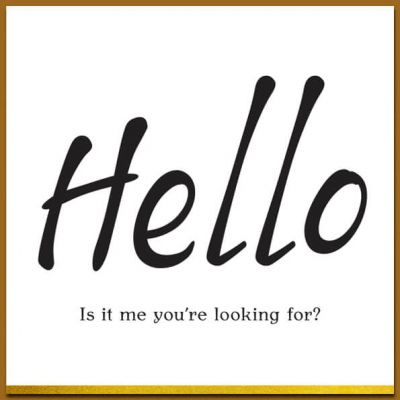 Ansichtkaart zwart wit teksten en envelop, Hello