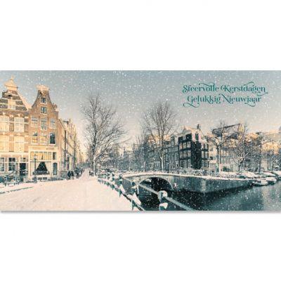 kerstkaart Amsterdam sfeervol besneeuwde gracht in winter