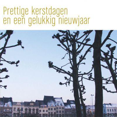 Kerstkaart van Maastricht, met bomen op Vrijthof