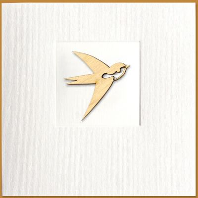 kaart met vogel van hout, zwaluw